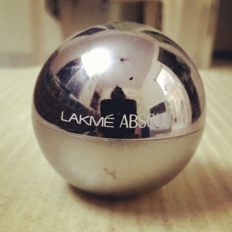 The lakme absolute is the only makeup I use besides the kohl and i love the packaging. It literally looks like a silver ball that is a girls best friend. So far the best I have used and would recommend everyone(specially a person like me who hates makeup this is a bliss)