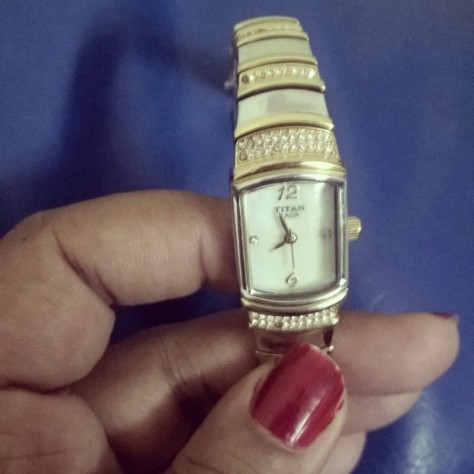 """Todays pic prompt is """"this means a lot to me"""" and that would definitely be my moms watch. That's gonna be with me forever. I wear it on every special occasion cause no occasion is complete without her presence ❤"""